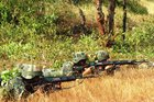 India to buy guns for border troops