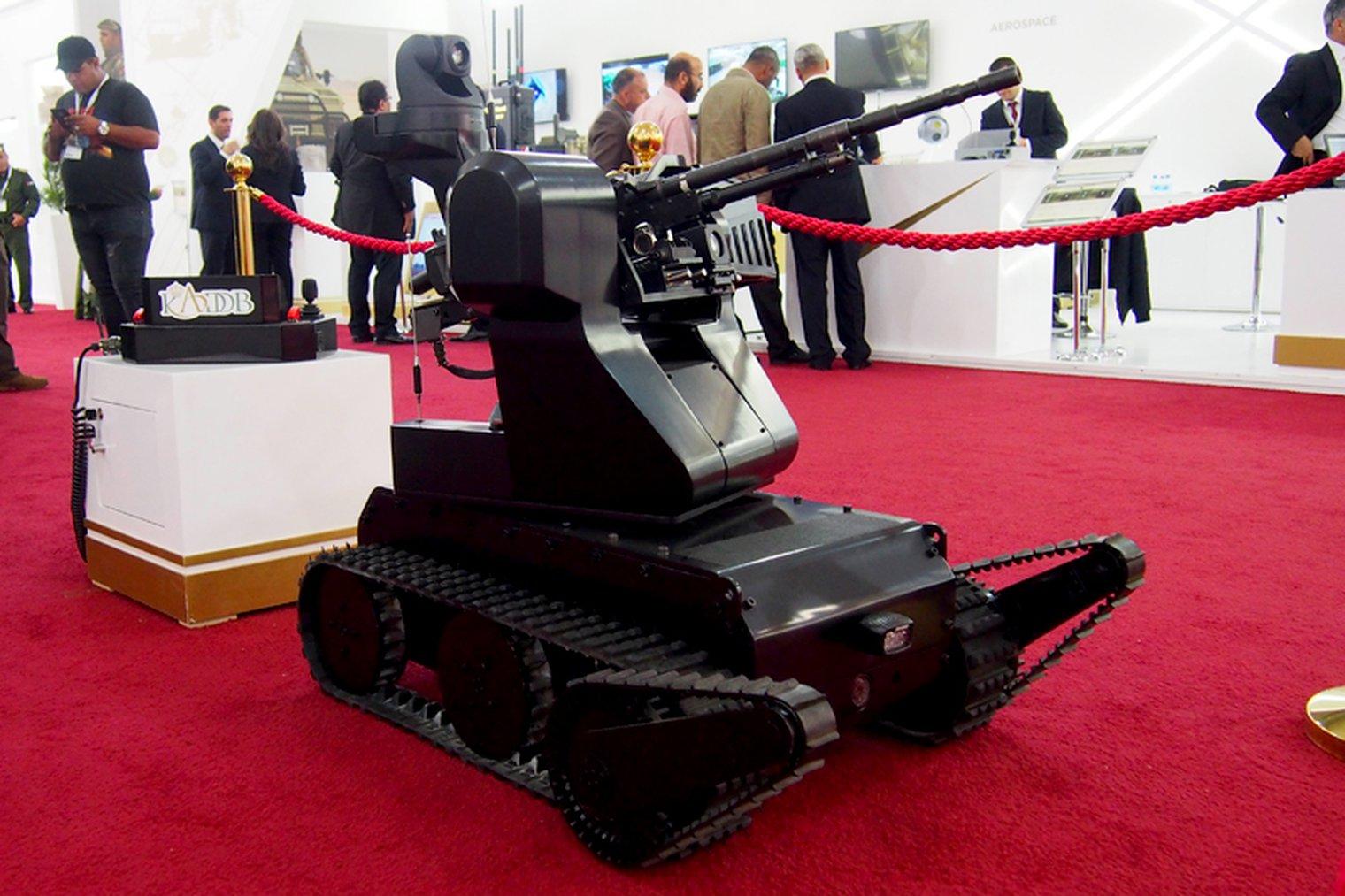 SOFEX 2018: Machine gun robot first public sighting ile ilgili görsel sonucu