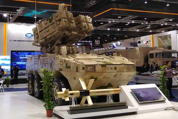 IDEX 2019: China's presence, UGV overload and new vehicles (video)