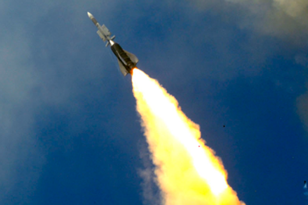 Bergamini fires ASTER 30 missile