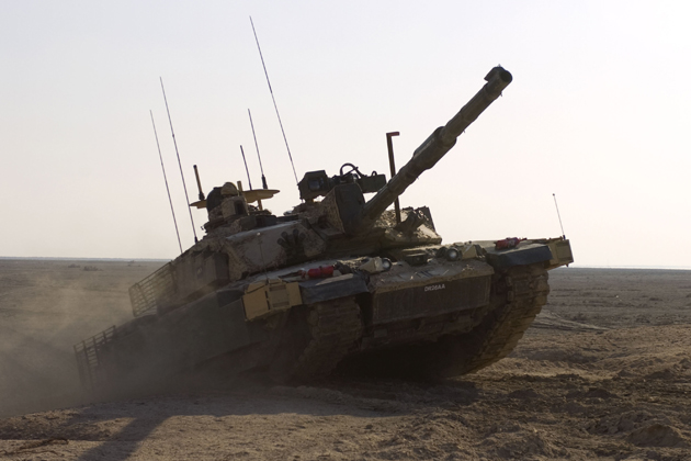 DE&S highlights industry opportunities on UK armour programmes