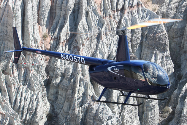 Robinson delivers first R44 Cadets