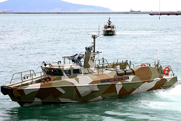 سوريا ستحصل على زوارق دوريه بحريه من روسيا  Raptor-russian-navy-1